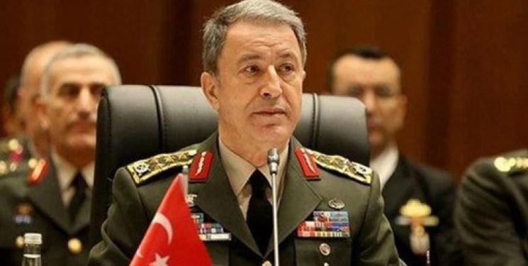 وزیر دفاع ترکیه: در حال برنامه ریزی در مورد شروع حرکت گشتی های مشترک هستیم