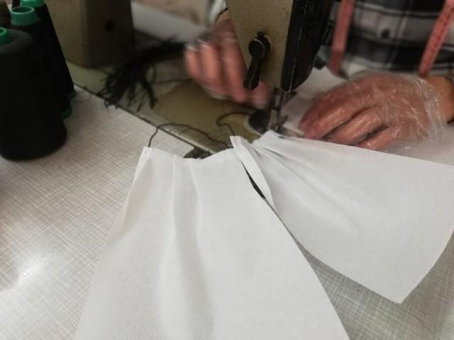 پلمب کارگاه غیر مجاز فراوری ماسک با بیش از 10 هزار قطعه ماسک