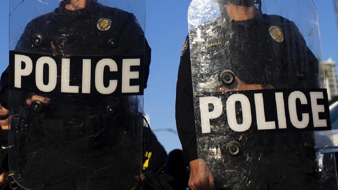 پلیس آمریکا یک جوان را بخاطر سرقت نوشیدنی کُشت!